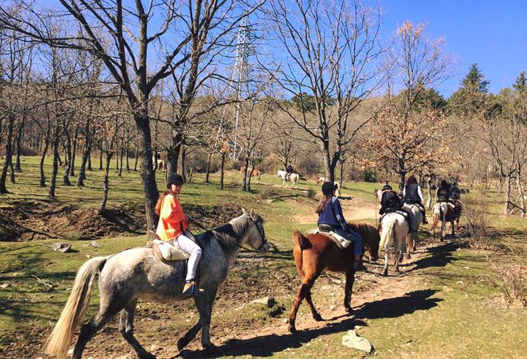 montar a caballo beneficios