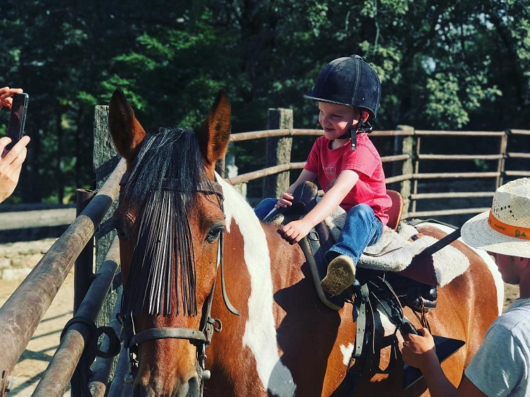 vacaciones para montar a caballo en madrid