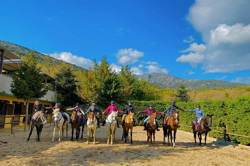montar a caballo en Madrid con niños